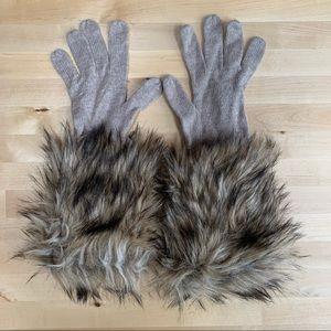 LOFT Faux Fur Knit Gloves